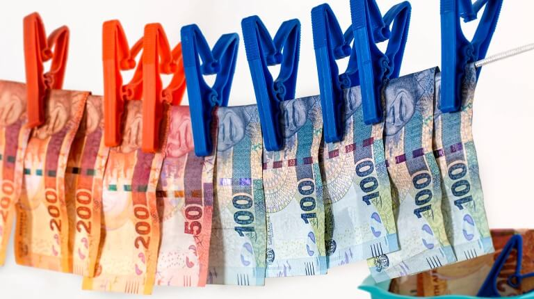 海外FXで得られた利益に関する確定申告と節税方法について